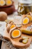 Kokurki, ovos cozidos duros envolvidos massa de Rye Fotografia de Stock Royalty Free