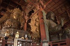 Kokuuzo-Bodhisattva und der große Buddha, Nara, Japan Lizenzfreies Stockbild