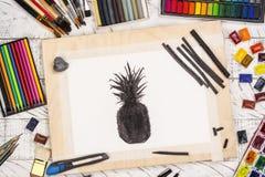 Kol skissar av en ananas fotografering för bildbyråer