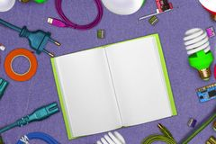 Kolaż elektryczni narzędzia na skórze z rozpieczętowanymi notepad stronami i lan kablami, terminale, pcb, cleats, izolowanie taśm Zdjęcie Royalty Free