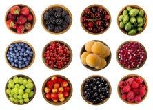 Kolaż owoc i jagody odizolowywający na białym tle Odgórny widok Zdjęcia Stock