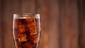 Kola in glas stock footage
