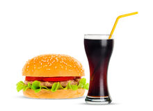 Kola i Duży hamburger na białym tle Fotografia Royalty Free