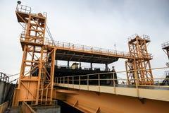 Kolejowa rampa dla przemysłowego Ro wysyła ładowanie Zdjęcia Stock