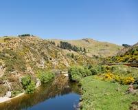 Kolejowy ślad w górę Taieri wąwozu Nowa Zelandia Zdjęcia Stock