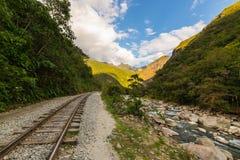Kolejowy ślad i Machu Picchu góry, Peru Obraz Stock