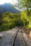 Kolejowy ślad i Machu Picchu góry, Peru Zdjęcia Stock