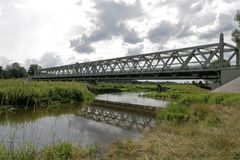 Kolejowy most nad Polską rzeką obrazy royalty free