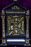 Kolekcja święte relikwie w muzealnej siedzibie Monachium Residenz Bawarscy królewiątka obraz stock