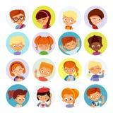 Kolekcja dzieciaków avatars, śliczne kreskówek chłopiec i dziewczyn twarze, Zdjęcia Royalty Free