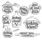 Kolekcja grunge obrysowywał kucharstwo loga lub etykietkę Wręcza pisać literowanie, kaligrafii kulinarna wektorowa ilustracja Obrazy Royalty Free
