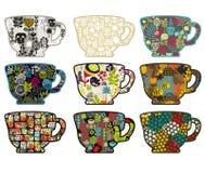 Kolekcja herbaciane filiżanki z różnymi wzorami. ilustracja wektor