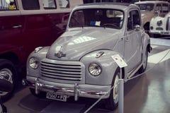 Kolekcja historycznie zna Monachium i pojazdy Odtransportowywa Muzealnego Deutsches muzeum Verkehrszentrum zdjęcie stock