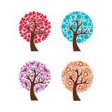 Kolekcja kolorowi drzewa również zwrócić corel ilustracji wektora royalty ilustracja