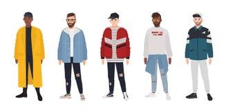 Kolekcja młodzi człowiecy ubierał w modnych ubraniach odizolowywających na białym tle Set faceci jest ubranym modną odzież ilustracji