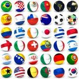 Kolekcja piłek nożnych piłki Z flaga, set Trzydzieści sześć wizerunków 3D Odpłaca się royalty ilustracja
