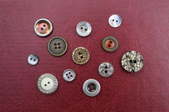 Kolekcja rocznika metalu guziki Fotografia Stock