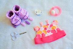 Kolekcja rzeczy dla dziecka, odgórny widok fotografia stock