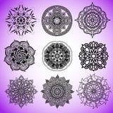 Kolekcja wektorowi mandalas dla barwić strony ilustracja wektor