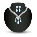 Kolii kobiety dla małżeństwa z perłami i cennymi kamieniami Fotografia Royalty Free