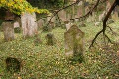 KOLIN,捷克- 2008年9月7日-老历史坟茔 库存照片