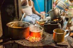 Kolkata uliczny karmowy sprzedawca Fotografia Royalty Free