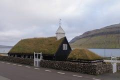 Kollafjarðar kirkjakyrka i Kollafjørður, Faroe Island, Danmark Fotografering för Bildbyråer