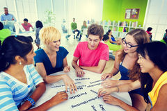 Kollege-verschiedener Student Teamwork Coworker Concept Lizenzfreie Stockbilder