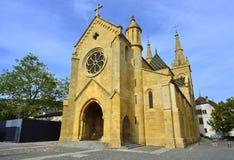 Kollegial kyrka, Neuchatel switzerland Arkivfoton