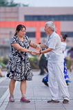 Kollektivsquare-dancing in Peking, China Stockbilder