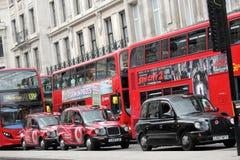 Kollektivtrafik i London Arkivfoton
