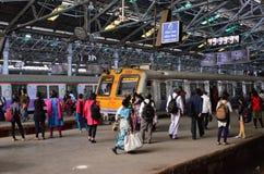 Kollektivtrafik i Mumbai royaltyfri foto