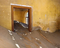 Kolmanskop在纳米比亚 免版税库存图片