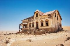 Kolmanskop Dezerterował diament kopalni w Południowym Namibia brać w Ja zdjęcie royalty free
