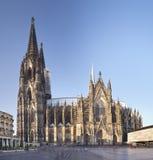 Kolońska katedra Przy dniem, Niemcy obraz royalty free