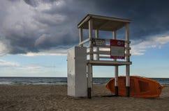 Kolobrzeg - salvamento do mar da torre na praia Imagem de Stock