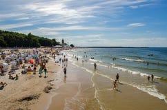 Kolobrzeg strand i sommar Royaltyfria Bilder