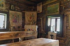 Kolochava, Ukraine - 18 avril 2016 : Intérieur de la vieille école de village Image stock