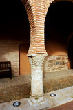 Kolom en chapiter in het Nationale Theatermuseum, Almagro, Spanje Stock Afbeeldingen