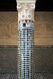 Kolom in Madrasa van Salé, Rabat-Verkoop, Marokko Royalty-vrije Stock Foto's