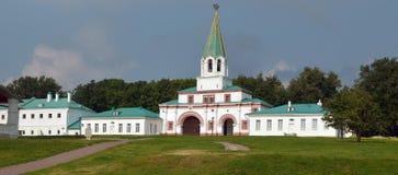 Kolomenskoe公园夏天早晨莫斯科 免版税库存图片