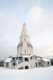 Kolomenskoye公园老建筑学 结构上上生教会合奏kolomenskoye莫斯科 免版税库存图片