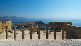 Kolommen bij de Akropolis van Lindos, Rhodos royalty-vrije stock foto's