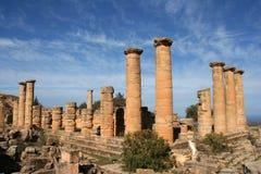 Kolommen bij tempel Cyrene Libië stock afbeelding