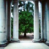 Kolommen die poort aan het Park royalty-vrije stock afbeeldingen
