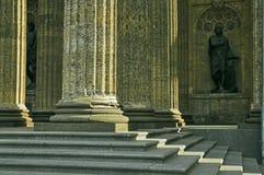 Kolommen en Beeldhouwwerken Royalty-vrije Stock Foto's