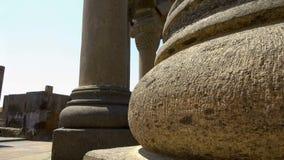 Kolommen en ruïnes van Zvartnots-Kathedraal, Armeense kerk, Unesco-erfenis stock footage