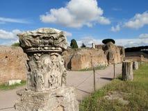 Kolommen in Roman Forum-ruïnes in Rome Stock Afbeelding