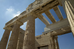 Kolommen van Akropolis in Athene, Griekenland Stock Fotografie