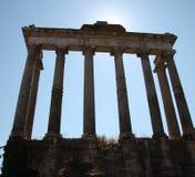 Kolommen van de Tempel van Saturnus in Rome Royalty-vrije Stock Foto